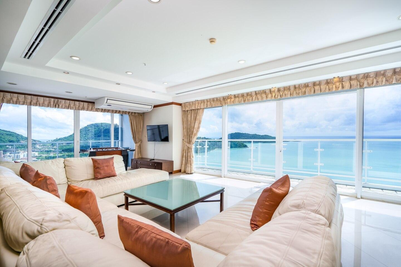 Superior 4 Bedroom Duplex Condominium in Patong