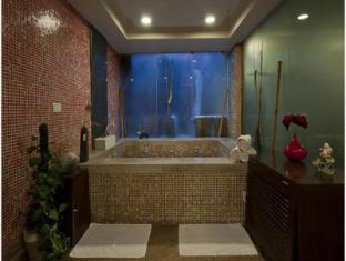 Aura Hotel New Delhi and NCR - Interior