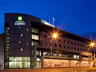 Holiday Inn Express Dundee Hotel