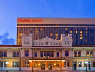 Crowne Plaza Hotel Pensacola Grand