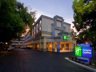 Holiday Inn Express Sacramento Convention Center Hotel