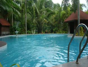 Hof Gorei Beach Resort Davao City - Pool