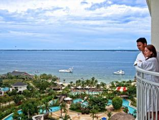JPark Island Resort and Waterpark Mactan-saari - Hotellihuone