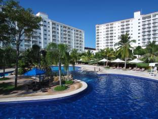 JPark Island Resort and Waterpark Mactan Island - Swimming Pool
