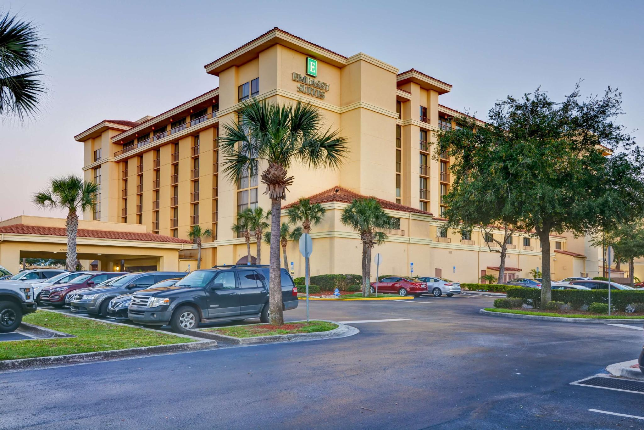 Embassy Suites Orlando North Hotel
