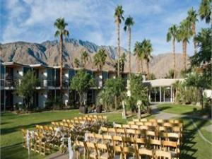 Riviera Palm Springs – A Noble House Resort