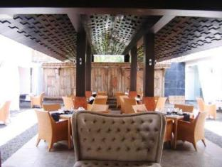 The O Resort and Spa North Goa - Kitsch - Restaurant