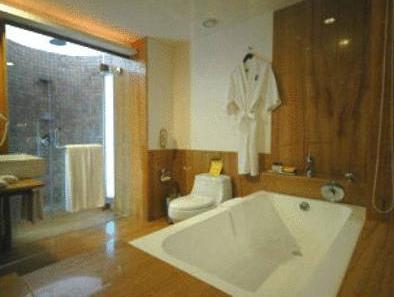 The O Hotel Beach Resort And Spa Goa