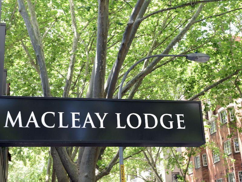 Review Macleay Lodge