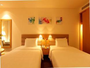 Liberty Central Saigon Centre Hotel Ho Chi Minh City - Premier Deluxe