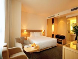 Liberty Central Saigon Centre Hotel Ho Chi Minh City - Guest Room