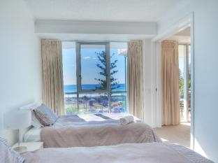 Reflection On The Sea Apartments Gold Coast - 2 Bedroom Beach View