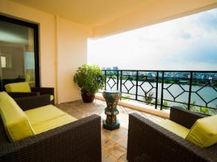 Saigon Domaine Luxury Residences Ho Chi Minh City - Balcony/Terrace