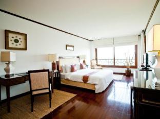 Saigon Domaine Luxury Residences Ho Chi Minh City - 3 Bedroom Apartment