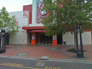 Ramada Encore Hotel Melbourne - Opposite Reading Cinema