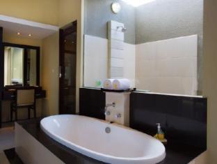 The Bidadari Villas and Spa Bali - Bathroom