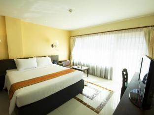 Baywalk Residence Pattaya - Studio Nouveau with Bathtub Double Bed