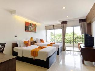 Baywalk Residence Pattaya - Superior Twin Bed with Bathtub