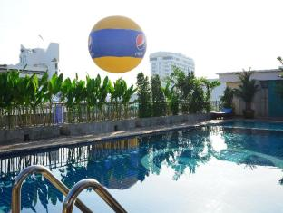 Baywalk Residence Pattaya - Swimming Pool