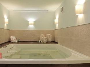 Duque Hotel Boutique & Spa Buenos Aires - Bathroom