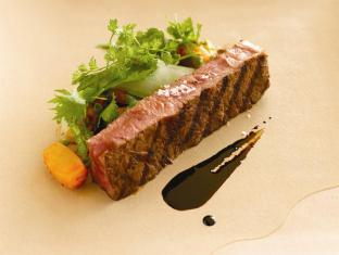 Banyan Tree Ungasan Hotel Bali - Lightly Char Grilled Wagyu Beef
