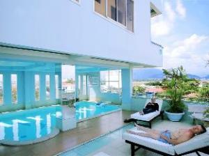 ゴールデン ドラゴン ホテル ニャチャン (Golden Dragon Hotel Nha Trang)