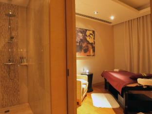 Marriott Hotel Manila Manila - Marriotts signature spa that promises to revive the body and soul with a multitude of services such as scrubs, wraps, facials and massage