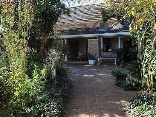 Gateway Country Lodge