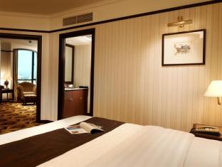 Grand Blue Wave Hotel Shah Alam Shah Alam - Deluxe Suite