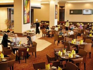 Grand Blue Wave Hotel Shah Alam Shah Alam - Royale Songket