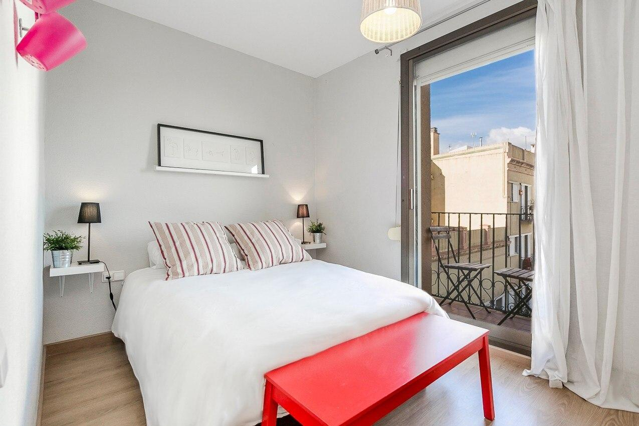 Typical Barcelonian apartment few steps from beach