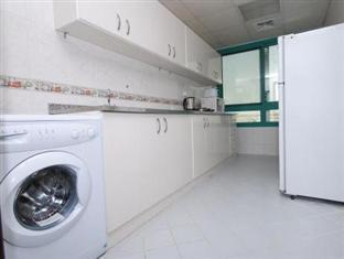 Ramee Hotel Apartments Abu Dhabi - Kitchen