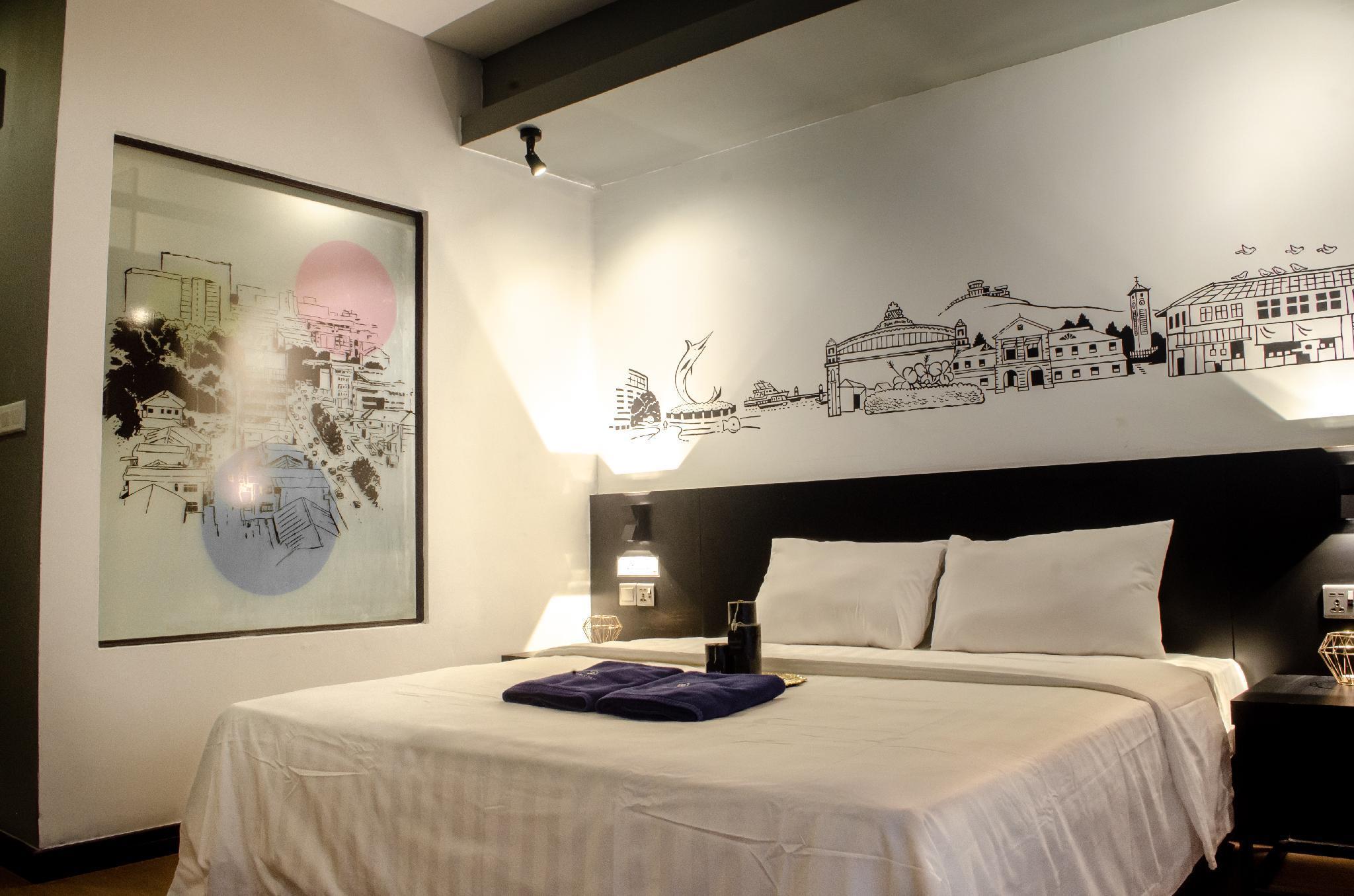Pinstay Bayan Suites (King Bed) @ Aeropod Square