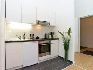 A & B Apartment & Boardinghouse Berlin Berlino - Cucina