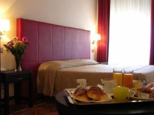 Target Inn Rome - Deluxe Room