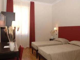 Target Inn Rome - Guest Room
