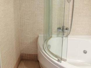 Target Inn Rome - Bathroom