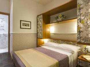 /cs-cz/hotel-marcantonio/hotel/rome-it.html?asq=jGXBHFvRg5Z51Emf%2fbXG4w%3d%3d