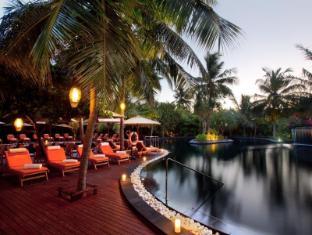The Sun Siyam Iru Fushi Luxury Resort Maldives Islands - Family Pool