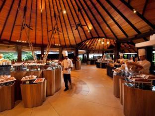 The Sun Siyam Iru Fushi Luxury Resort Maldives Islands - Iru Main Restaurant