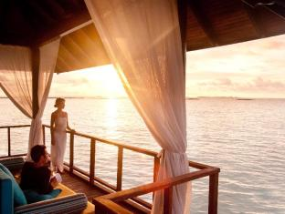 The Sun Siyam Iru Fushi Luxury Resort Maldives Islands - Trio Restaurant