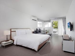 The Nap Patong Hotel Phuket - Deluxe One Bedroom Suite