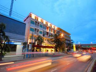 Bangkok Loft Inn