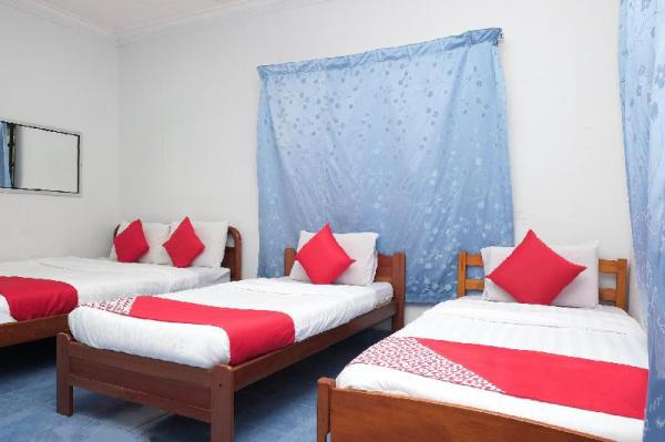 OYO 90103 BBR Bari Beach Resort Merang