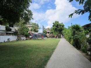 Tonglen Beach Resort Boracay Island - Entrance