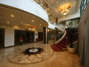 サローサ インターナショナル ホテル & レジデンシャル スイーツ セブ シティ - ロビー