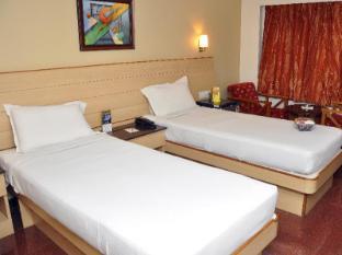 Malles Manotaa Hotel Chennai - Studio Room