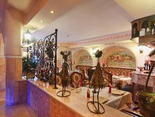 /hu-hu/boutique-hotel-boris-palace-restaurant/hotel/plovdiv-bg.html?asq=5VS4rPxIcpCoBEKGzfKvtE3U12NCtIguGg1udxEzJ7nZRQd6T7MEDwie9Lhtnc0nKViw1AnMu1JpKM9vZxUvIJwRwxc6mmrXcYNM8lsQlbU%3d