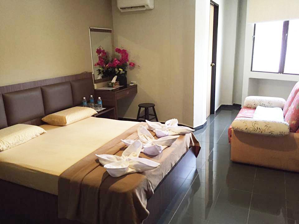 B+ Hotel