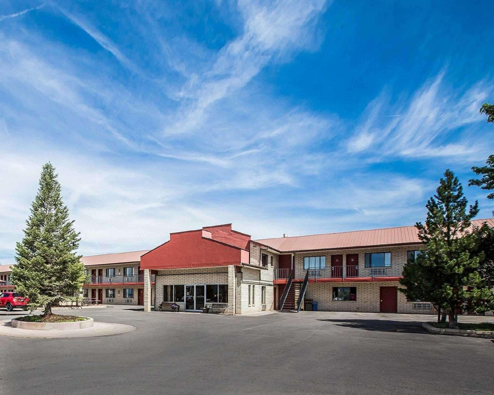 Econo Lodge Hotel Cortez
